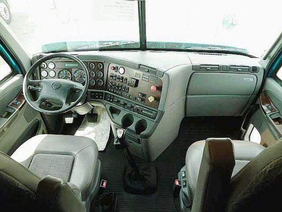 тягач Freightliner Century